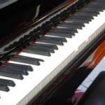 引越しでピアノを運ぶ料金相場と引越し業者の搬入方法を紹介